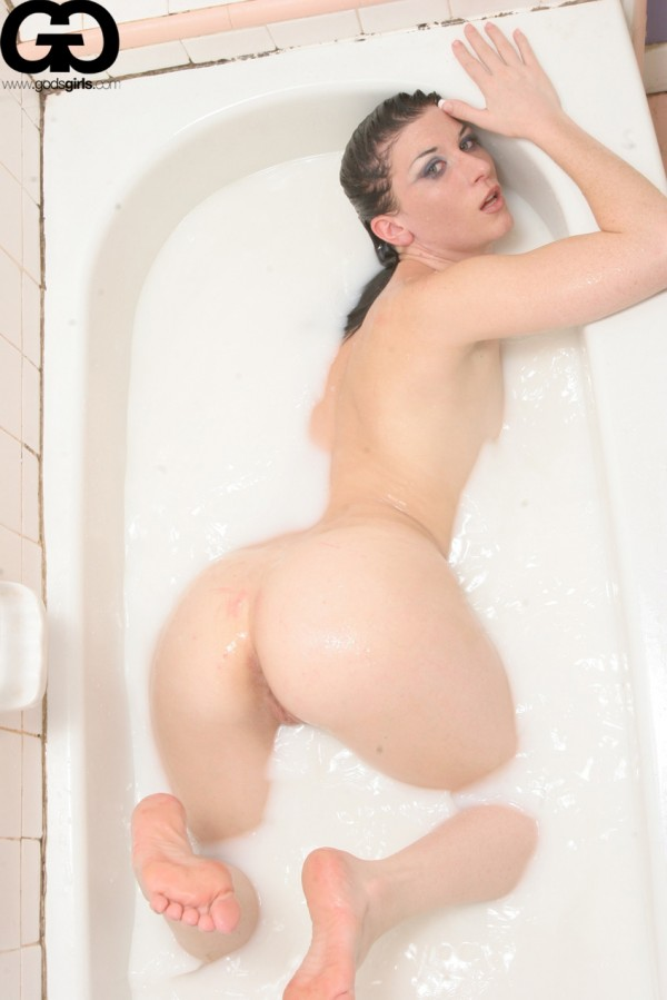 godsgirls ariel x matthew cooke milk bath