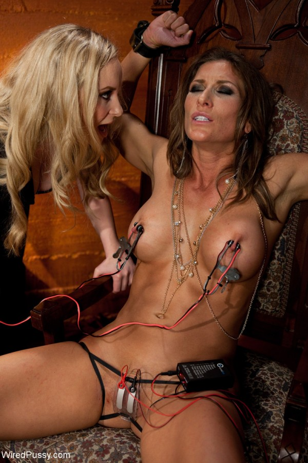 Prostitute Ariel X Suffers to Her Electro Pimp Aiden Starr
