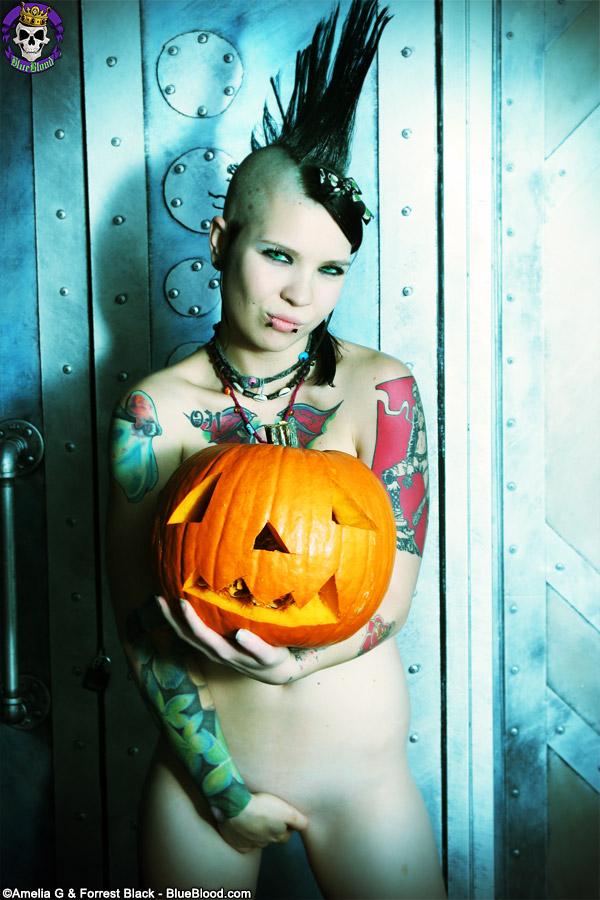tara toxic pumpkin