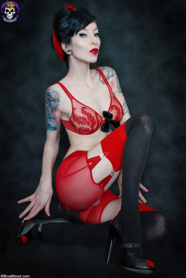 razor candi red lingerie pinup cheesecake