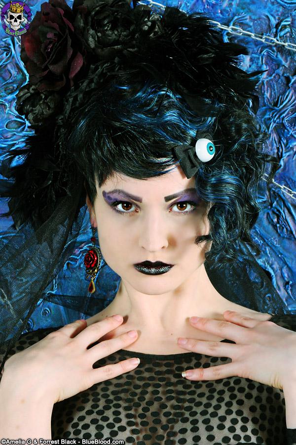 artemis hyde aesthetic eyeball blueblood blue blood