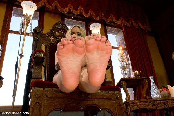 Aiden Starr Foot POV
