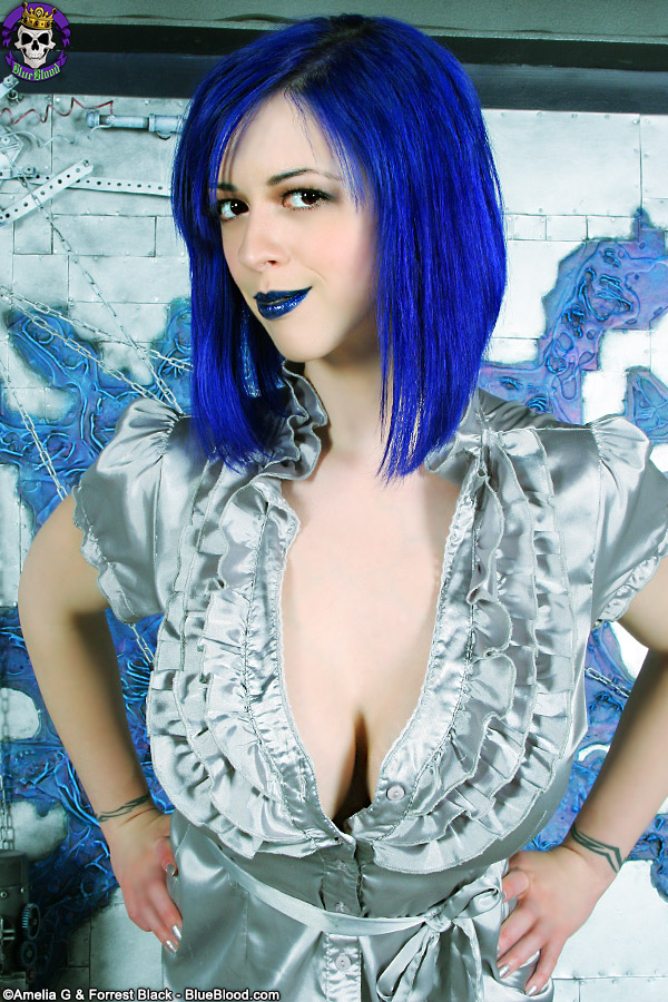 larkin love silver tinsel dress big boobs blue hair