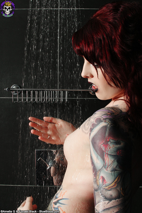 Penny Poison Wet Artistic Shower Gothic