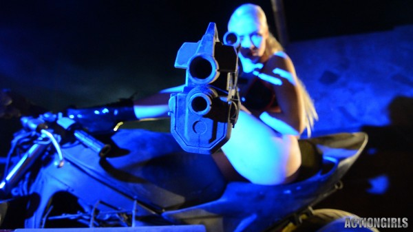 actiongirls mosh midnight fantasy guns