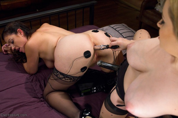 Aiden Starr on Electrosluts