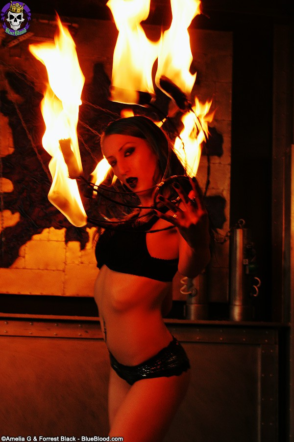 alecia joy fire fans darkness