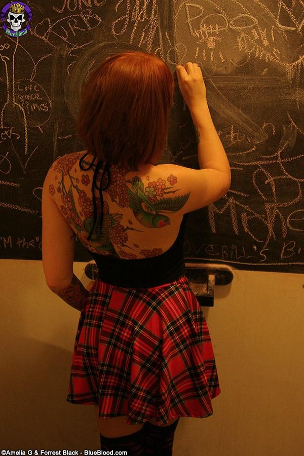 eidyia-schoolgirl-8735