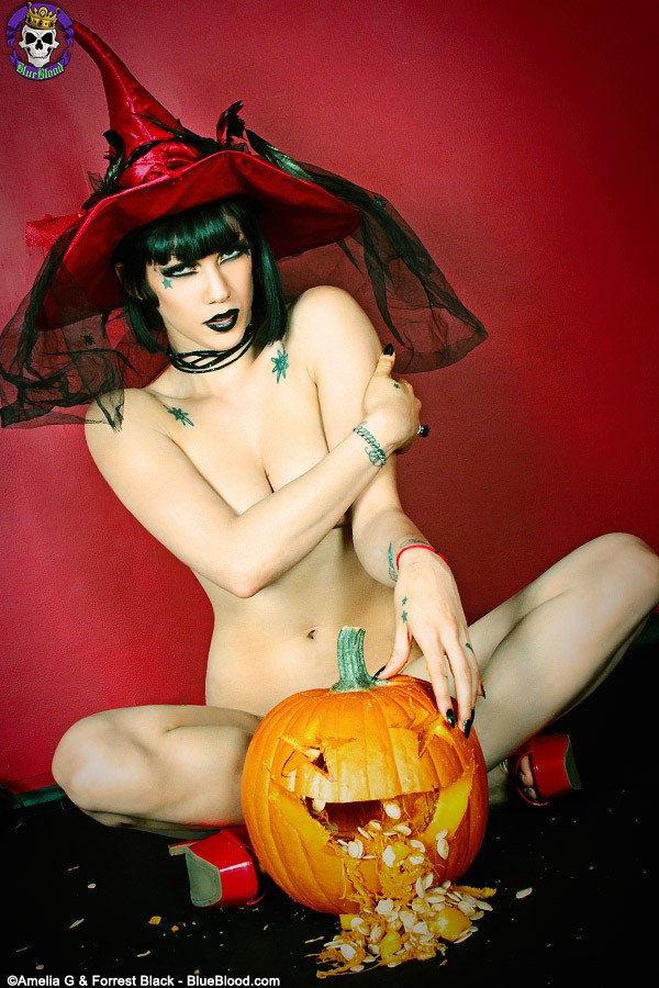 asphyxia noir halloween witch
