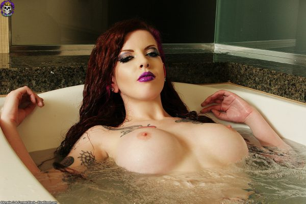 penny-poison-bath-3796