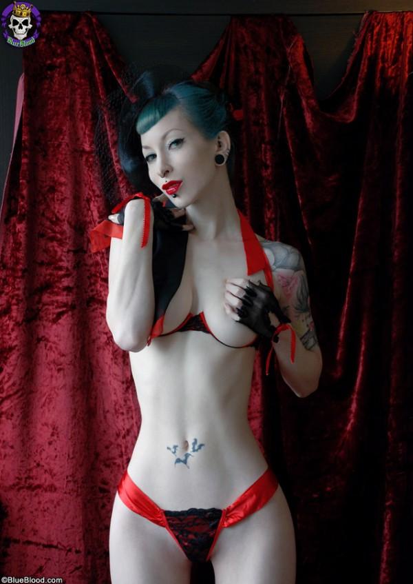 razorcandi razor candi red ribbon blueblood blue blood