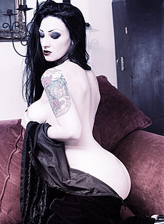 BlueBloods GothicSluts very busty black haired vampire girl in velvet